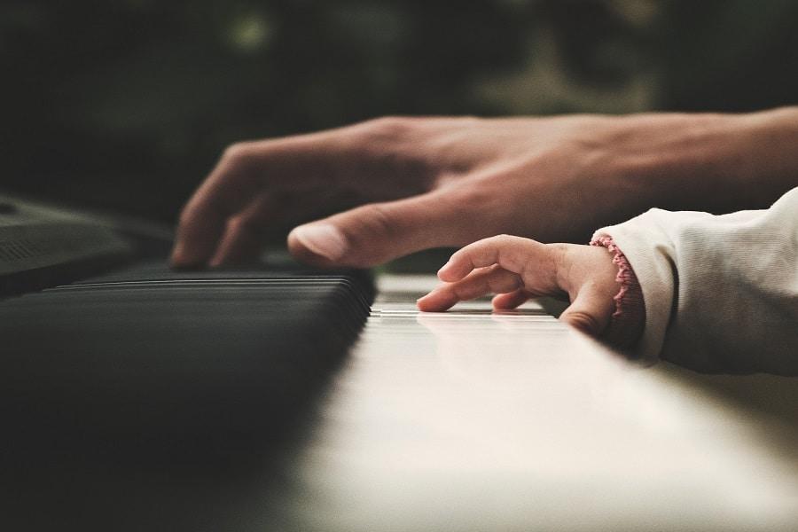 Les bienfaits du piano pour votre enfant
